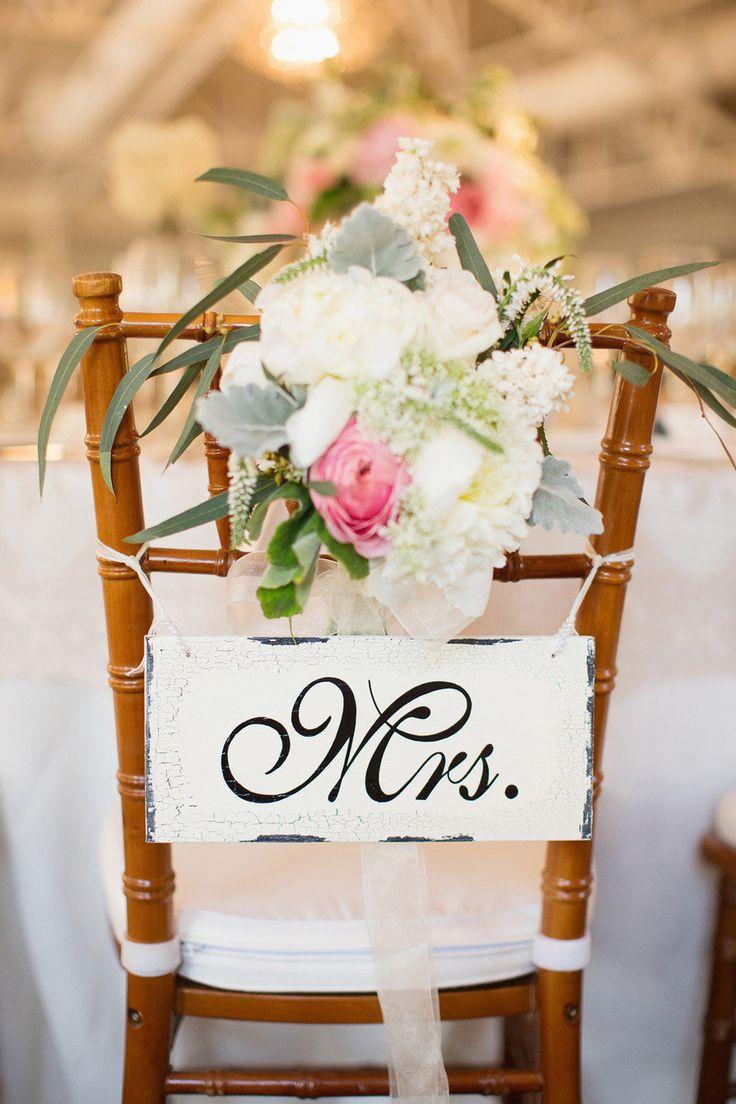 Toma asiento sillas para bodas lalablu for Sillas para matrimonio
